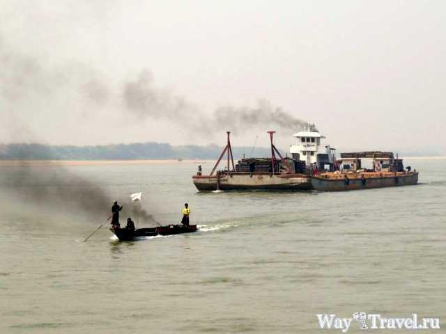 Из Мандалая в Баган по реке Иравади