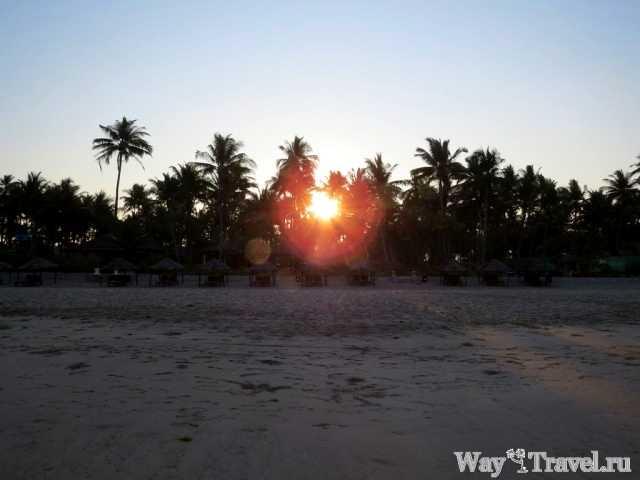 Восход солнца над Нгве Саунг (Ngwe Saung sunrise)