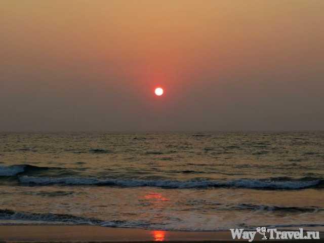 Закат солнца в Нгве Саунг (Ngwe Saung sunset)