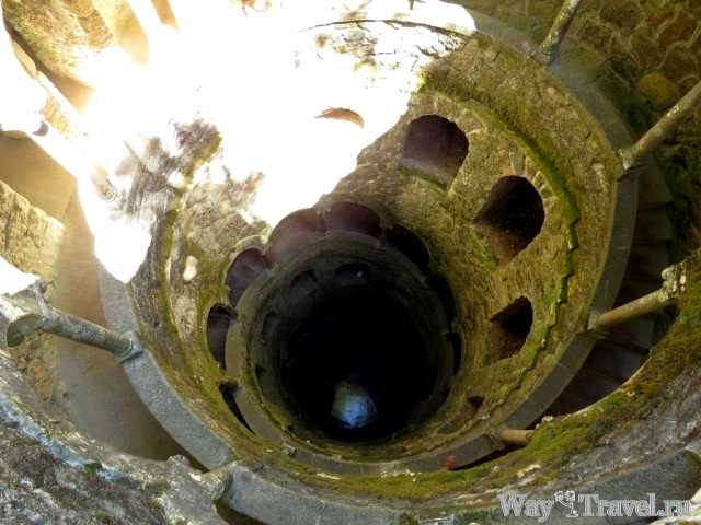 Колодец Посвящения ( Masonic Initiation Well in Quinta da Regaleira)