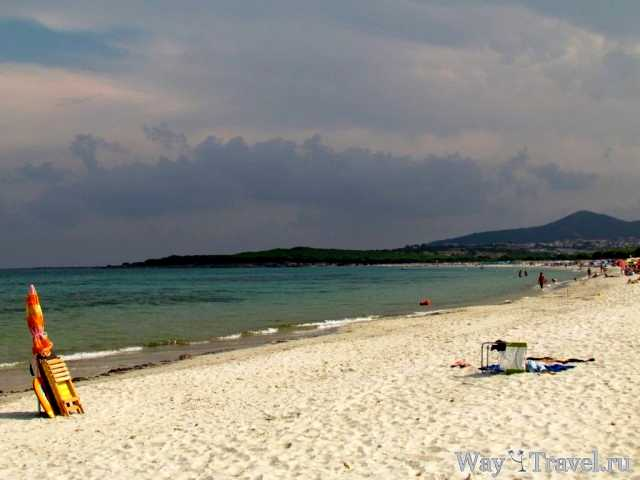 Пляж де Ла Чинта (Spiaggia de La Cinta beach)