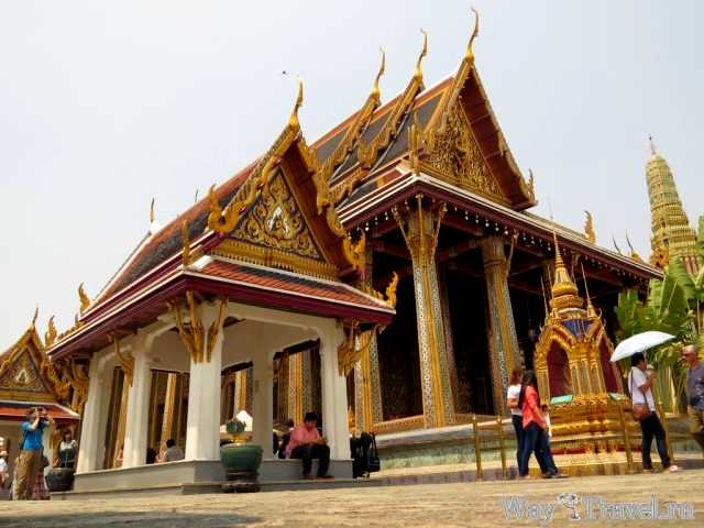 Храм Изумрудного Будды (Wat Phra Kaew - Emerald Buddha)