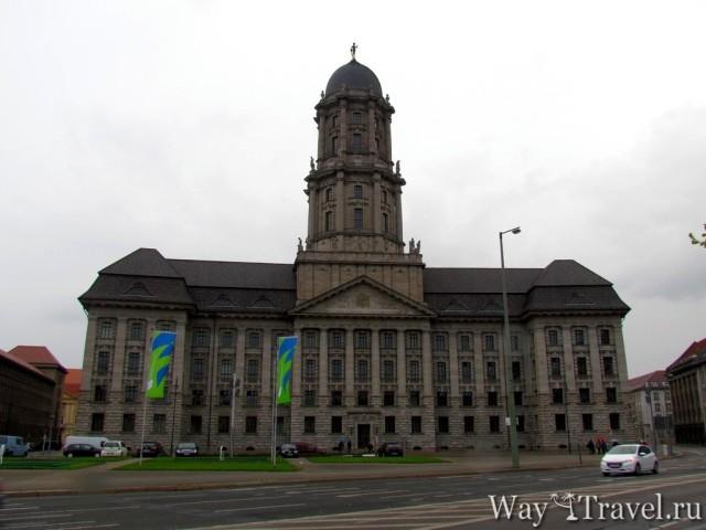 Берлинская Ратуша (Rathaus)