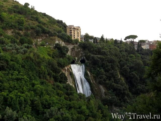Водопад в окрестностях Тиволи (Waterfall near Tivoli)