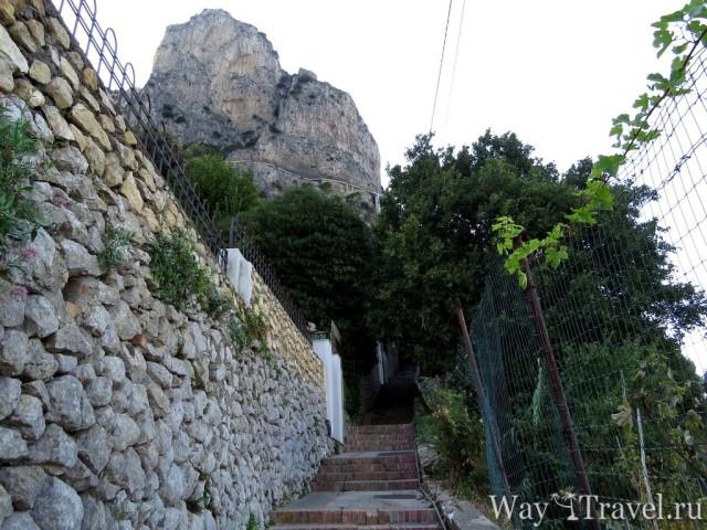 Финикийская лестница (La scala fenicia)