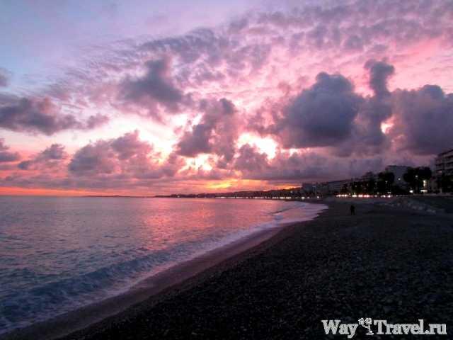 Лазурный берег Ниццы после заката (Cote d'Azur when the sun goes down)