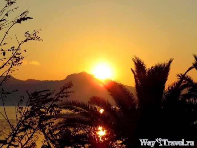 Восход солнца над Порт-де-Поленса (Sunrise in Port de Pollenca)