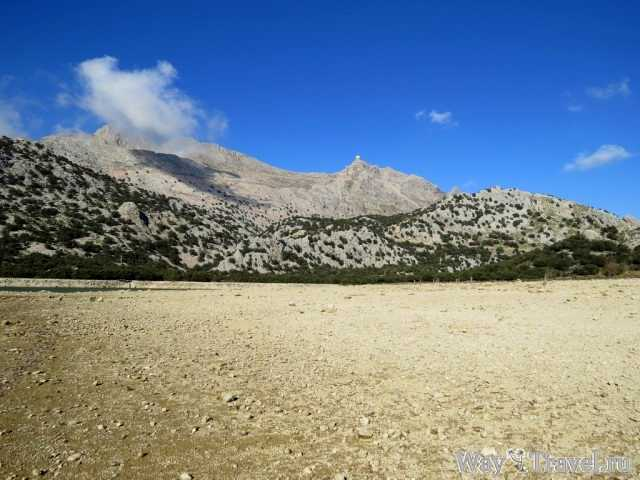 В горах Серра-де-Трамунтана (In mountains of Serra de Tramuntana)