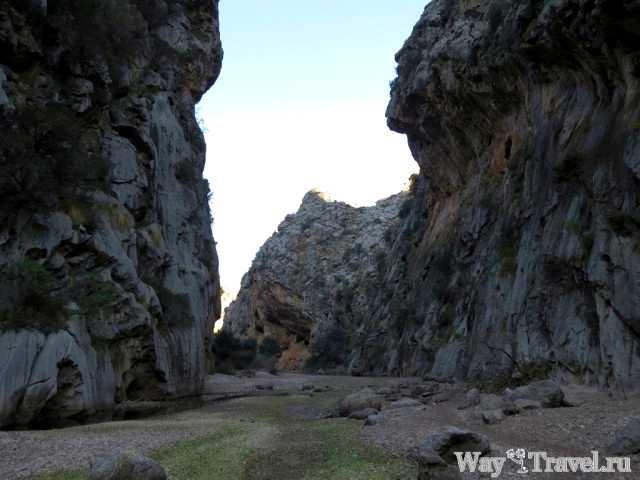 Ущелье реки Торрент де Парейс (Canyon of Torrent de Pareis river)