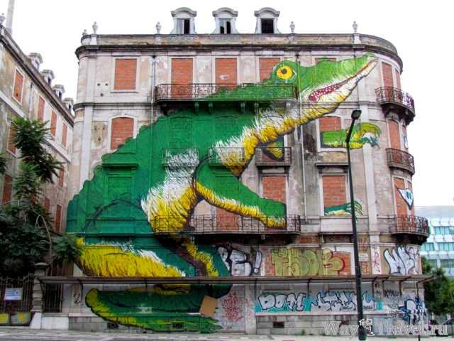 Художественные картины на домах Лиссабона (Art house Lisboa)