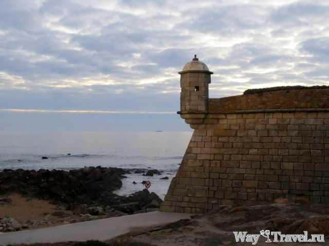 Один из фортов Порту (Castelo do Queijo)