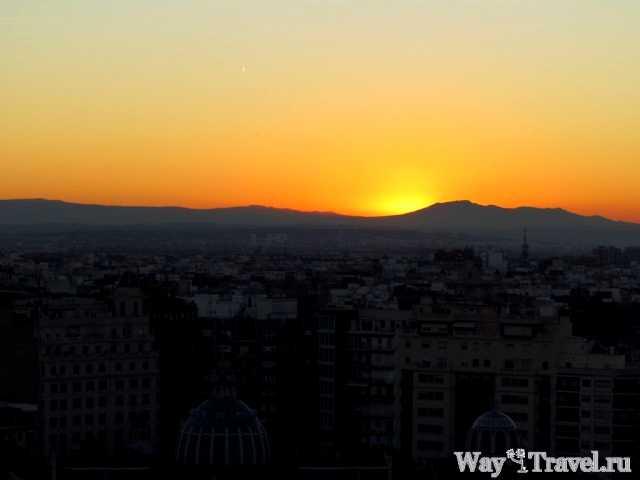 Закат над Валенсией (Sunset over Valencia)