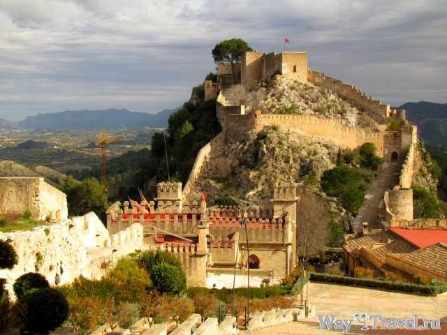 Хатива - вид на Большую крепость (Xativa - fortress)