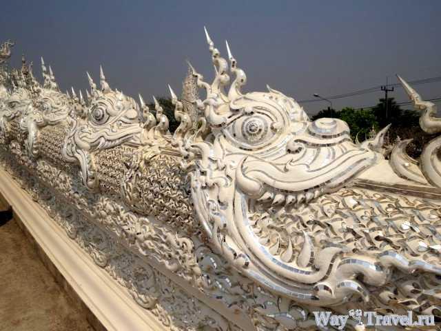 Белый храм (Wat Rong Khun)