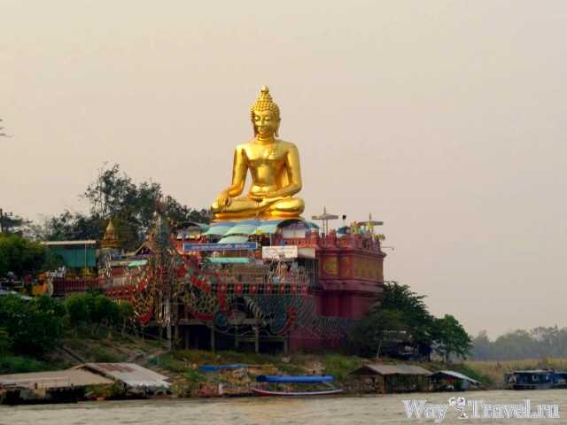 Большой Будда вдоль реки Меконг (Big Buddha along the Mekong River)