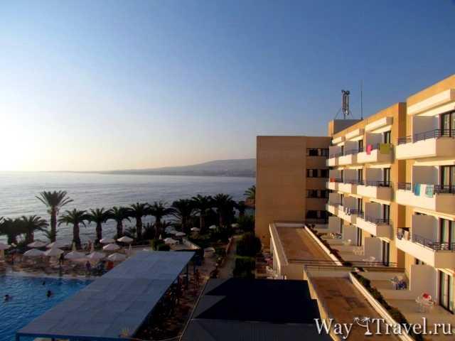 Вид на Средиземное море с гостиницы (View of the Mediterranean Sea from the hotel)