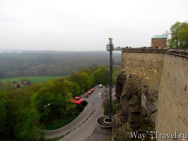 Лифт до стен крепости (Elevator to the Fortress)