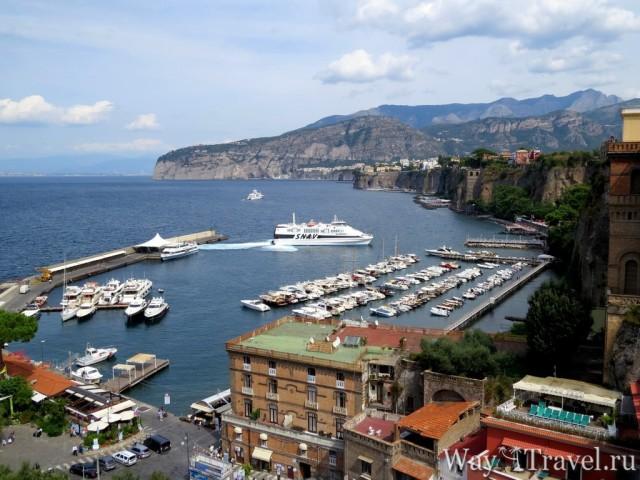 Морской порт Marina Picolla